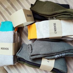 долго долго в стоке письме A-письмо в складе 20SS носки Женщины Мужчины Мужская 100% хлопок баскетбольные носки