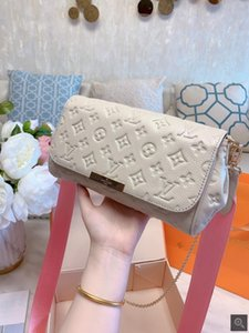 2020 HIGH QUALITY FASHION WOMEN HANDBAGS LADIES DESIGN SOLID COLOR ALPHABET EMBROIDERY BRACELET WALLET LEATHER CHAIN BAG CROSSBODY BAGS