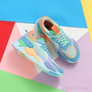 desinger Hommes Jouets RS-X Chaussures de course pour sortie Hommes Chaussures Homme Sneaker Femmes jogging Femmes sport féminin Baskets Garçons Chaussures A07