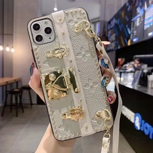 Luxury designer lock edge lanyard phone cover case for iphone 6 6s 7 8 8plus for iphone x xr xs max for iphone 11 11 pro 11 pro max a01