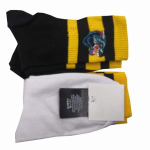 100% de algodón para hombres Calcetines Moda Animal bordado Hombre largo del calcetín deportivo Casual Sweat negocios Calcetines Calcetines de cumpleaños 1 par = 2 piezas