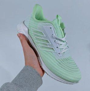 2020 neue Männer Frauen Designerrunning Schuhe Multicolor Designersport Schuhe Qualitäts-Unisexsport Trainning Brandshoes AD01 20022106W