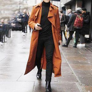 2020New Повседневный Ветровка Men Wild Button Design Шинель Trench куртка Solid Color Long Trench однобортный пальто Мужчины куртка
