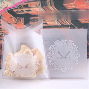 New Fashion Wholesale 200pcs lot Lovely Cookie Plastic Zakjes with Flower Self-adhesive Christmas Biscuit Packaging