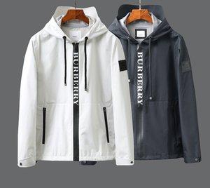 2020 İlkbahar ve sonbahar yeni stil erkek kapüşonlu siper ceket, monogram baskı, su geçirmez, siyah ve beyaz, boyut M ~ 2XL ile dokunmuş ön