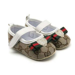 zapatos de bebé Niños Niños BoyGirl Calzado deportivo Zapatillas de deporte Zapatillas de cuna con fondo suave y suave de First Walkers