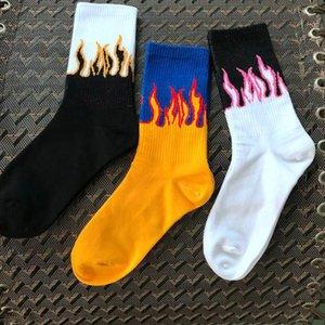 Men's Socks Flame Black White Yellow Fire Cotton Socks Unisex Novelty Hip Hop Harajuku Skateboard Street Classic Fashion