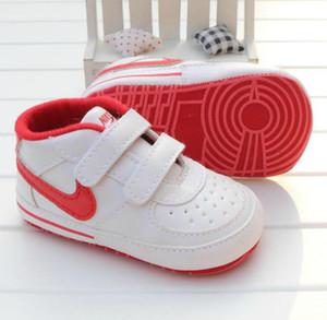 2020 Kız Bebek Boy Yumuşak Sole Ayakkabı Bebek Sneaker Ayakkabı Casual Prewalker Bebek Klasik İlk Walker Yeni Bebek Bebek Yeni Ayakkabı Anti-skid