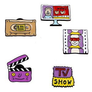 Free DHL 5 Colors Cartoon TV Film Brooch Pin Shirt Collar Accessories Badge Brooches for Women Men Fashion Accessories Gifts