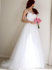 Bohème blanc 2020 Plage Une ligne Robes dos nu robe de bal Appliques robe de mariée Plus Size Sheer Neck
