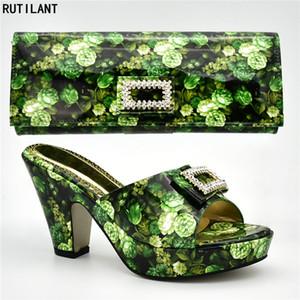 Neueste Design Afrikanische Frauen Hochzeit Schuhe Verziert mit Rhinstone Passenden Italienischen Schuh und Tasche Set für Party Block Heel Schuhe