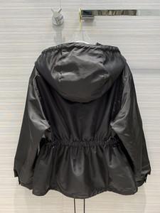 Milan Pist Coats 2020 Kapşonlu Uzun Kollu Kadın Coats Tasarımcı Palto Marka Same Tarzı ceketler 0919-2
