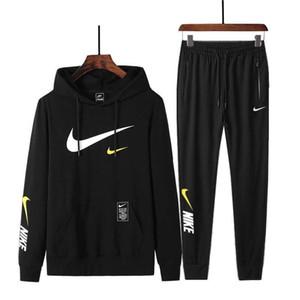 Novos 2019 Marca Treino Moda Hoodies Set Homens Sportswear Dois conjuntos de peças do hoodie + Calças Esporte Terno masculino