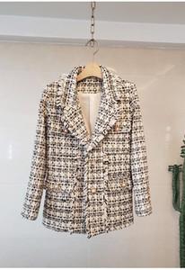 2020 Herbst-Winter-Damen-Jacken Elegante Quasten Tweed-Mantel Einreiher Taschen Buttons Langarm-Büro tragen weibliche Plaid-Oberbekleidung