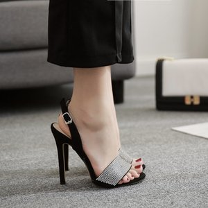 Fashion2019 A Estilo Verão Uma Traga Luxurious Rhinestone bem com Sandals Sim Do 40 lll