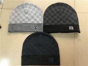 New France fashion mens designers hats bonnet winter beanie knitted wool hat plus velvet cap skullies Thicker mask Fringe beanies hats FF6