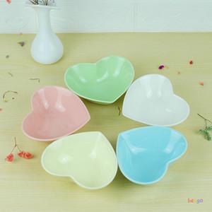 Cute Love Heart Shape Ceramic Bowl Kitchen Seasoning Solid Soybean Dish Sauce Salt Snack Small Plate Fruit Salad Ice Cream Dishes DBC BH3821