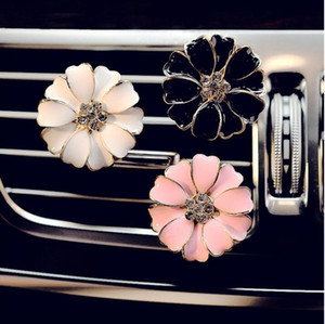 Car Perfume Clip Home Essential Oil Diffuser For Car Outlet Locket Clips Flower Auto Air Freshener Conditioning Vent Clip GD214