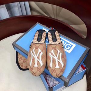 Diseñador de lujo zapatillas de mujer Moda europea Cuero genuino medio arrastre superestrella Zapatos de playa sandalias planas nuevo Con caja