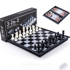 3 in 1 Scacchi Dama Backgammon Set di plastica viaggio Scacchi Magnetic Chess Pieces pieghevole scacchiera regalo Spettacolo