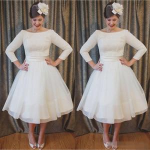 Plus Size Abiti da sposa corti Vintage Style Scoop Neckline A-Line 3/4 manica lunga tè lunghezza pizzo abiti da sposa abiti da noiva