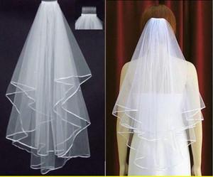 Envío gratis blanco marfil velos de novia 2 capas con peine perlas Ribbon Edge Tulle Veil para la boda de la iglesia Novia En stock