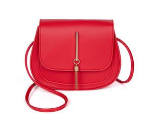 2020 Designer Handbags Newset Tassel Small Round Bag Ladies Crossbody Female Saddle Bag