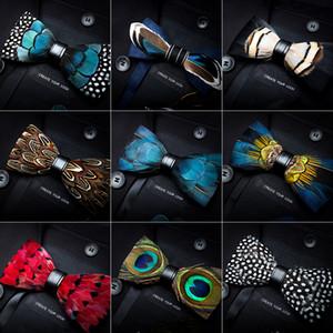 Erkekler İş Parti Düğün için Kutu Moda Peacock Feather Bow Kravatlar 12cm * 6cm ile Deri Bow Tie Erkekler Lüks Papyon