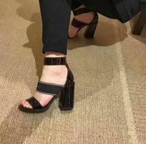 2018 the latest women real leather high heeled sandals star designer with the same senior designer SIZE-35-40