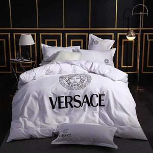 Haute qualité de marque Lettre coton série Literie Linens Sets Ensemble de lit Housse de couette drap de lit Set de ménage Couverture