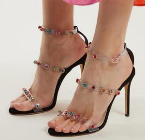 Dipsloot Negro Desnudos claras Remaches de PVC sandalias mujer Una línea de verano colorido talón del estilete de diamante Partido sandalias del alto talón de las señoras