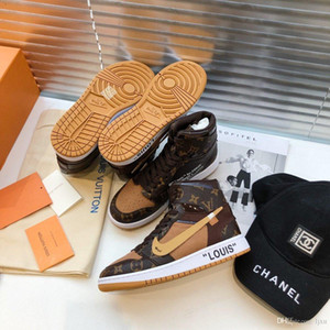 2019 scarpe da uomo di projetar di lusso couro marrom alta superior lettering mocassins de basquete impressos Ladies sneakers co-branded # 4F