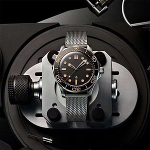 Neue Luxus-Mechanische Herrenuhren Professionelle 300m James 007 Zifferblatt schwarz Automatik-Uhrwerk Designer Uhren montre de luxe Armbanduhr