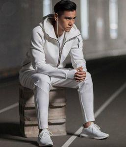 Yeni Z. N. E hoody erkek spor Takım Elbise Siyah Beyaz Eşofman kapüşonlu ceket Erkek / kadın Rüzgarlık Fermuar sportwear Moda ZNE hoody ceket + pantolon