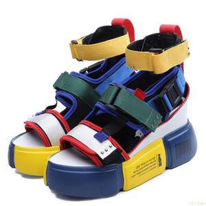 Sandalias de la plataforma de las mujeres Zapatos de verano de 2020 Súper tacones altos de las señoras de la cuña ocasional Chunky sandalias gladiador de moda top del alto