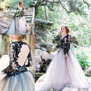 흑백 고딕 양식의 웨딩 드레스 2020 빈티지 레이스 긴 소매 등이없는 Bohoemian 나라 신부 웨딩 드레스 플러스 사이즈