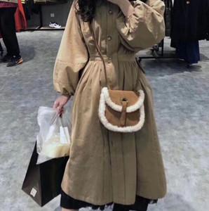 Designer-2019 Nova lã de inverno bolsas Designer Shoulder Bag Retro estilo de camurça Backpack Mulheres mensageiro de couro saco de veludo