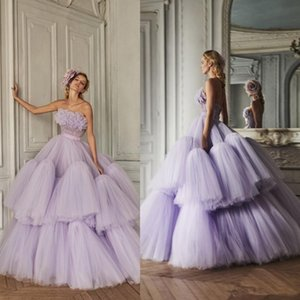 2020 Azzi Osta Lila Ballkleider mit Rüschen Tiered Röcke trägerlosen Abendkleid-Partei-Abnutzung nach Maß Luxus formale Kleider