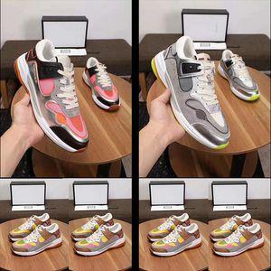 2019New Varış Ultrapace modacı erkek ve kadınların gündelik İtalyan spor ayakkabıları düşük dizlere kadar uzanan ayakkabılar örgü