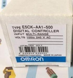 Omron PLC E5CK-AA1-500 شحن مجاني سريع مجاني E5CKAA1500 جديد في صندوق