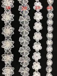White Pearl Blume gestickte Gewebe-Spitze-Randstreifen-Band-Hochzeit Stickapplikationen Posamenten Sewing Craft Baby-Kleid-Dekor