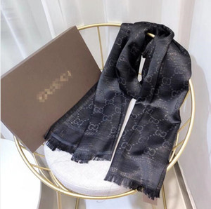 2020 Designer Schal klassischen europäischen und amerikanischen Luxus-heiße Art Designer-Marke Seidenschal elegante Dame Wrap GUCCI Schal gedruckt