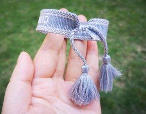 Superbe design lettres bleu gris Bracelet en coton, bracelet chanceux d'amitié pour Sis et Loved Ones, luxe Charm Bracelets Tassel