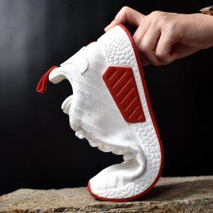 Sapatos de sapatos brancos Preto Homens sapatilhas Tenis Masculino adulto Luz respirável Men Casual Trainers Ultra Zapatos de hombre