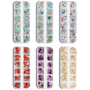 New Hot vente Nail Art 12 Grids Boîte Accessoires Rivet Perle strass Diamond Glass Nail Sticker mixte diamant Nail Art