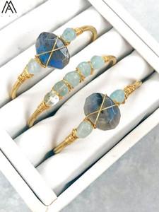 Coppie Natural labradorite Pietra Nugget Beads aperto del polsino dei braccialetti Donne 6 millimetri Acquamarine rotonda Perline Oro Bracciali BG008AMAB