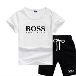 Bébés garçons et les filles Designer T-shirts et des vêtements Shorts Marque Survêtements 2 Vêtements enfants Set Hot Sell Fashion Summer AD066 enfants