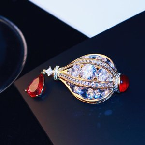 Brand high quality luxury 18k gold plated hot air balloon corsage high-end exquisite zircon crystal brooch fashion girl gift brooch jewelry