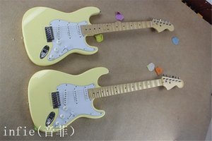 Free shipping New Manufacturers to supply electric guitar fretboard classic ST models creamy yellow groove guitar
