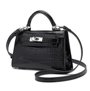 Bolsos de diseño de mujer Bolso de mano Bolso de cena de moda de marca Nuevo patrón de cocodrilo para mujer hombro Pequeño paquete cuadrado